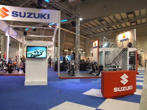 Suzui 2009